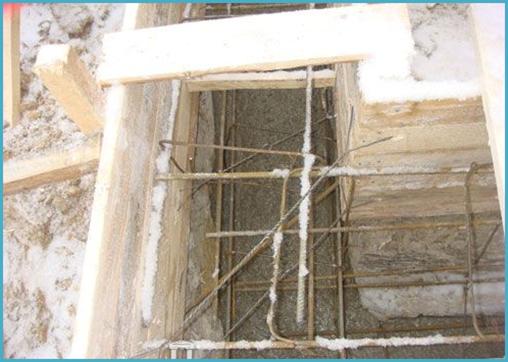 как залить фундамент зимой