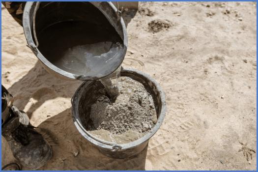 Добавки для бетона - Виды, за какие свойства бетонной смеси отвечают